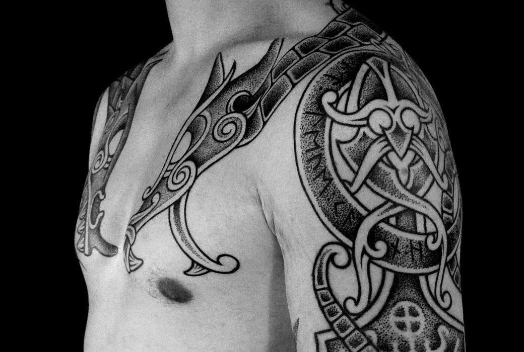 Мужественные татуировки в скандинавском стиле