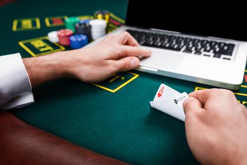 Описание и бонусы игровой площадки казино Триумф
