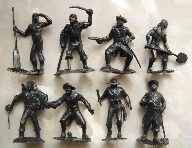Солдатики разных эпох