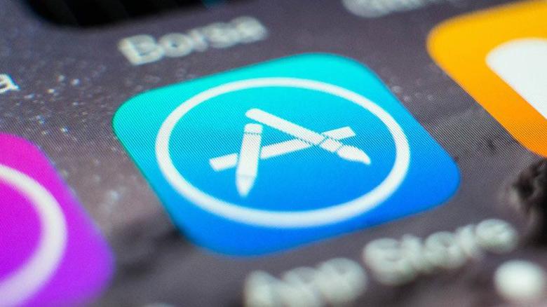 Apple принимает крайне необычные решения касательно AppStore