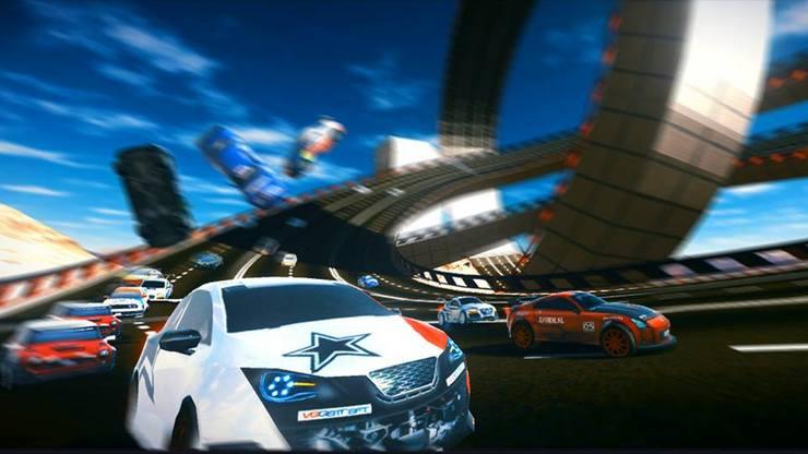 Скоростная гоночная аркада «Ace Racing Turbo» вышла в App Store всех стран мира.